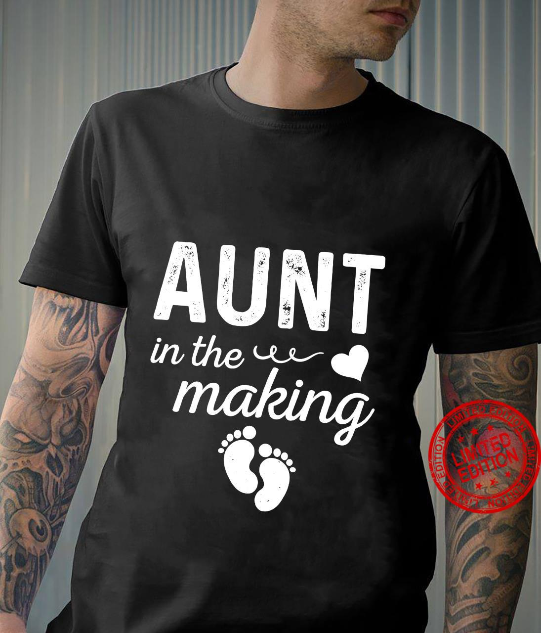 Aunt in the making Pregnancy announcement Aunt to be Shirt